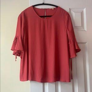 Gibson Latimer sheer bell sleeve blouse, size M